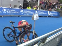 The debut of the 2016 Columbia Threadneedle World Triathlon Leeds on the WTS circuit did not disappoint as yet again Gwen Jorgensen succeeded at executing a come-from-behind run to seize the first-ever Leeds title. The victory was the second consecutive win for the American and her 17th WTS gold of her career.