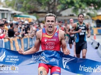 The third edition of the Salinas ITU Triathlon World Cup was the most dramatic and exciting to date after Yuliya Yelistratova (UKR) and David Castro Fajardo (ESP) both won their way to the top of the podium in down-to-the-wire sprint finishes on the blue carpet. With an emotional grab of the victory tape, both Yelistratova and Castro returned to the winner's circle after years of not making it onto a World Cup podium, with Yelistratova seizing gold for the first time since 2015 and Castro not winning a World Cup race since winning in the debut Salinas event back in 2016.