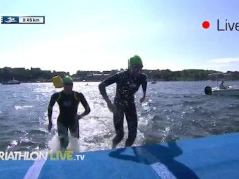 Stockholm 2017 Womens swim leg