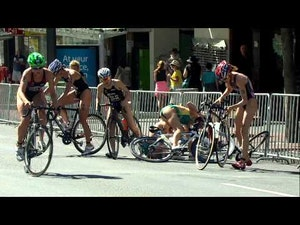 2014 ITU World Triathlon Auckland - Elite Women's Highlights