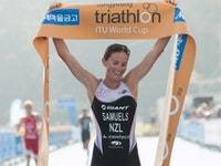 Nicky Samuels soars to Tongyeong title